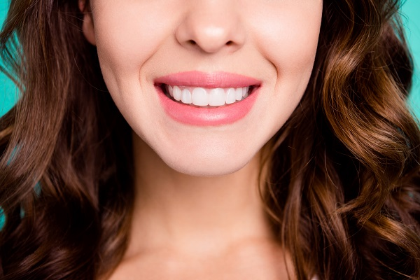 Cosmetic Dentistry Treatments For Teeth Color Correction